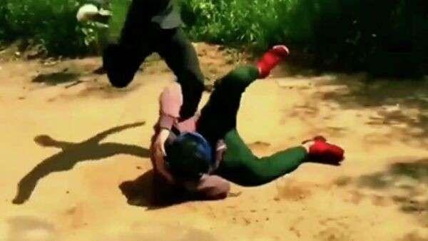 Кадр из видео группы Школьные забивы
