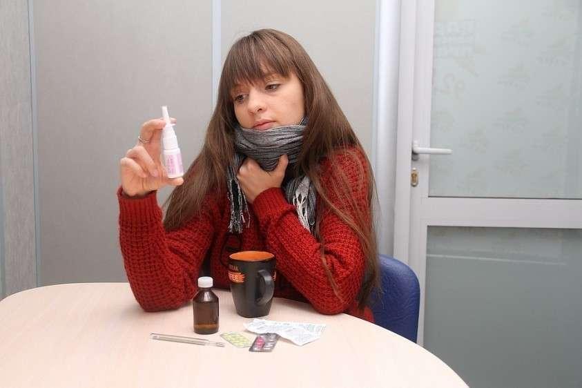 На слизистой оболочке практически невозможно создать концентрацию антибиотика, которая давала бы лечебный эффект Фото: Роман ИГНАТЬЕВ