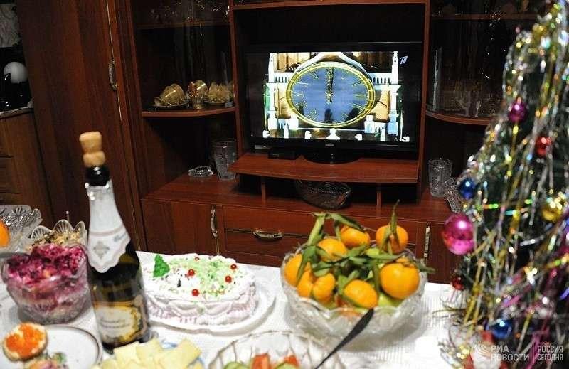 Диетолог рассказала, как не растолстеть во время новогодних праздников