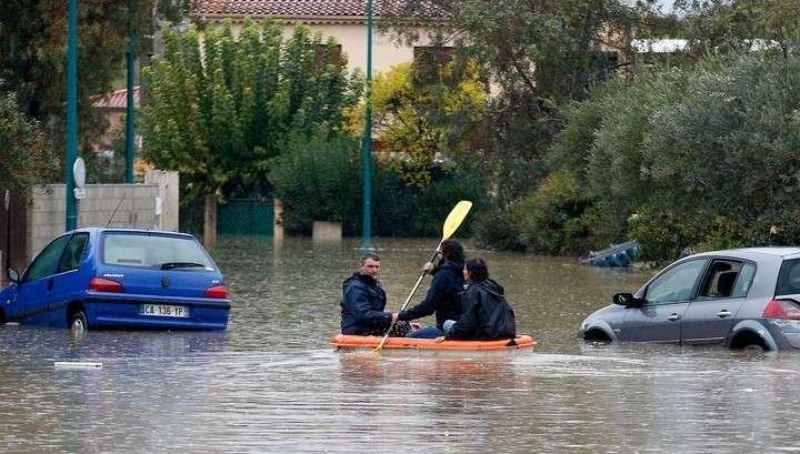 Наводнение во Франции: объявлен красный уровень опасности