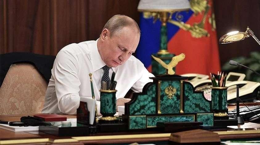 Владимир Путин подписал закон о порядке обеспечения жильем военнослужащих