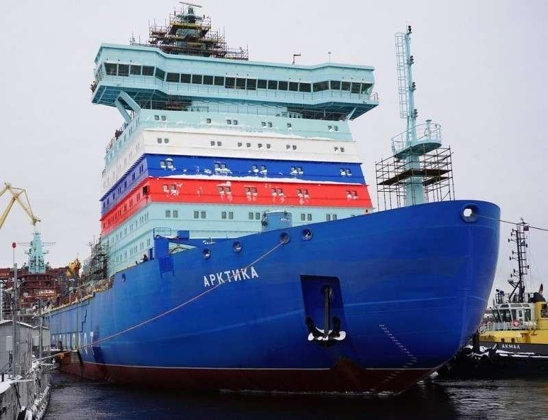 Мощнейший в мире ледокол «Арктика» 12 декабря выходит на ходовые испытания