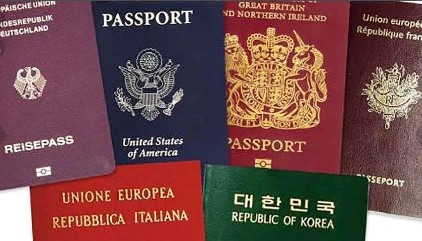 Путин запретил чиновникам иметь двойное гражданство. Что теперь они будут делать?