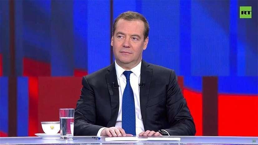 Медведев. Итоги 2019 года: в сараях невозможно лечить людей