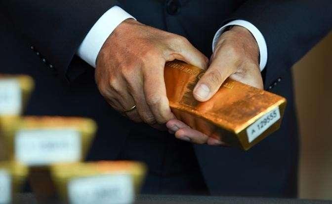 Зачем Польша тайно вывезла свое золото из Британии?