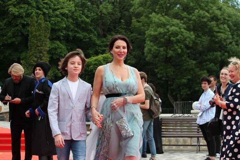 Алике Смеховой понравился обновленный Железноводск. В мае актриса посетила кинофестиваль, а осенью прилетела отдыхать в санаторий. Фото: Анна БОРИСОВА