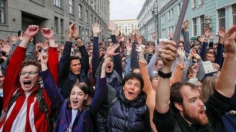 «А тех, кто был особо боек, прикрутили к спинкам коек»: как поправить ситуацию в России