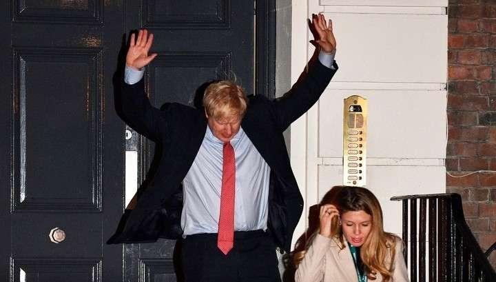 На выборах в Британии определен победитель. Жёсткому Брекситу быть!