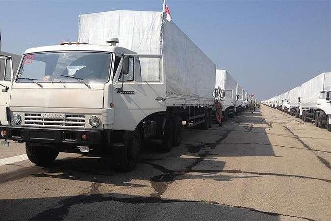 МЧС России отправило на Донбасс седьмой гуманитарный конвой