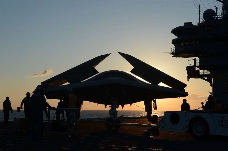 На смену авианосцу «Адмирал Кузнецов» придут дрононосцы