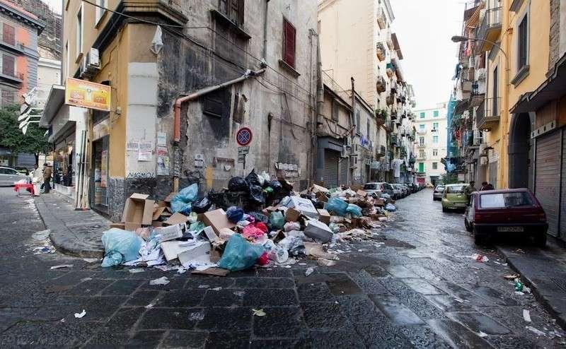 Три дня назад вернулся из Рима – вонючая помойка с заоблачными ценами