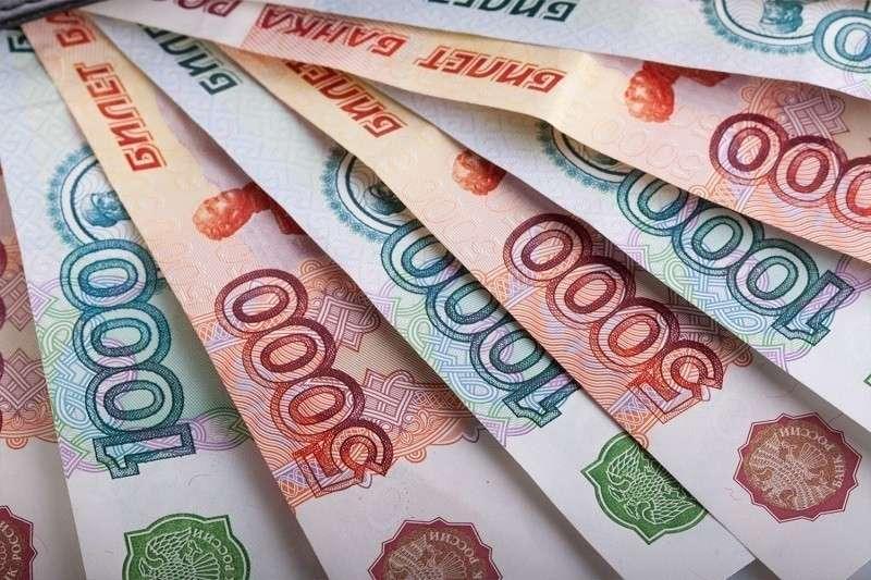 Рубль – лидер года. Куда уходят русские деньги? Порты стран Балтии пустеют