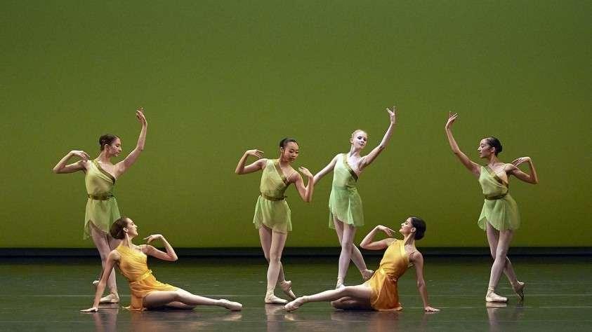 Самая престижная балетная школа Европы попала в скандал из-за издевательства над детьми