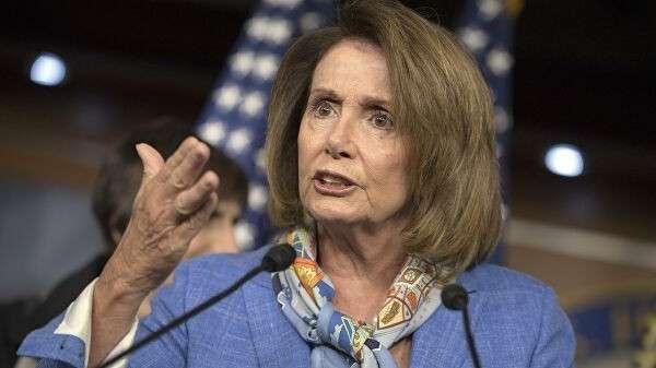 Лидер демократического меньшинства в палате представителей конгресса США Нэнси Пелоси. 14 августа 2016