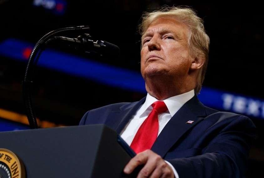 Нижняя палата конгресса США проголосовала за импичмент Трампу
