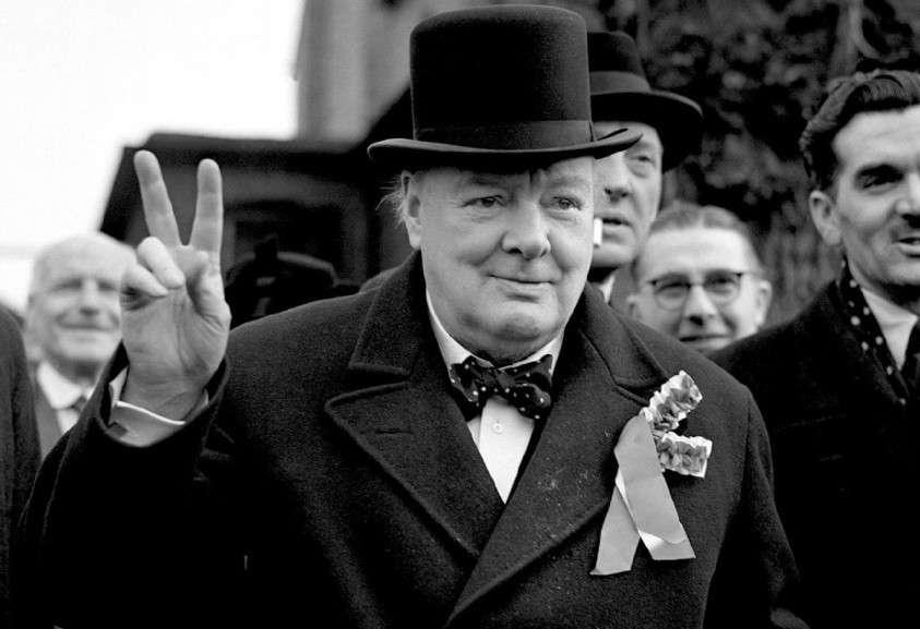 Как Черчилль готовился воткнуть России нож в спину, не гнушаясь помощью немецких фашистов