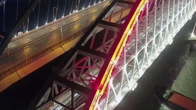 Крымский мост готов на 100%, имеет гарантию более 100 лет и будет служить людям долгие годы