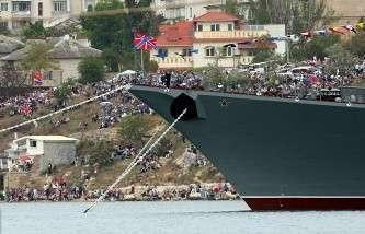 Рогозин требует прояснить ситуацию с иностранными собственниками оборонных  заводов Крыма