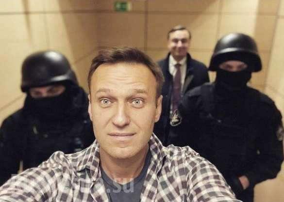 В офисах иностранного агента ФБК обыски. Навального задержали | Русская весна