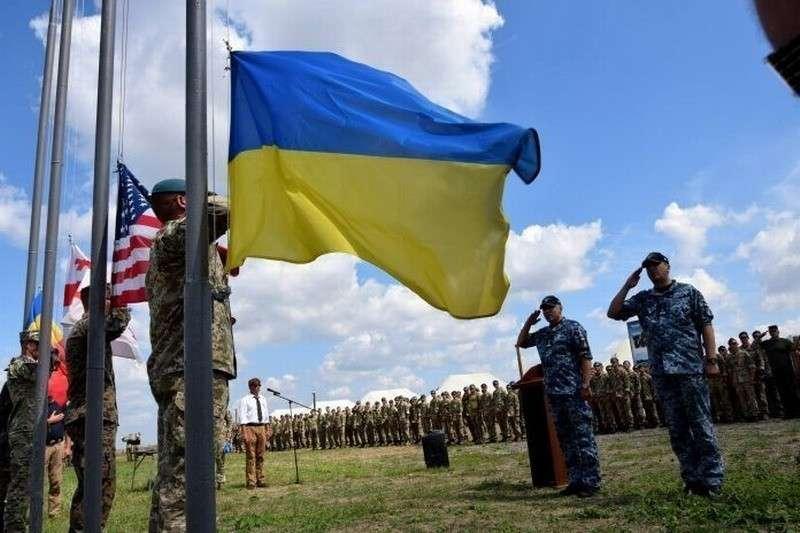 НАТО с США во главе собрались давить на Россию через… Украину?
