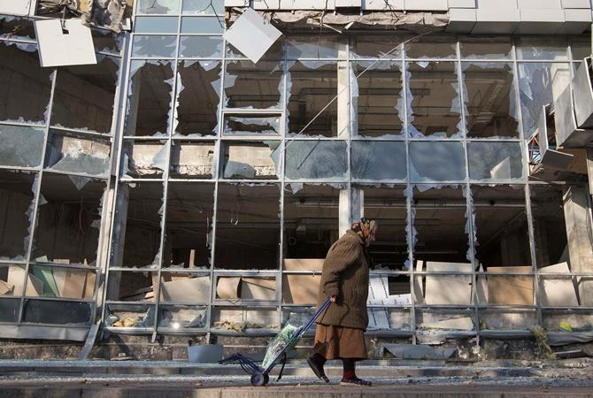 Донецкие пенсионеры перед выбором: бросить дом или умереть с голоду