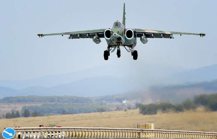В авиаполк в Краснодарском крае с начала года поступили 16 штурмовиков Су-25СМ3
