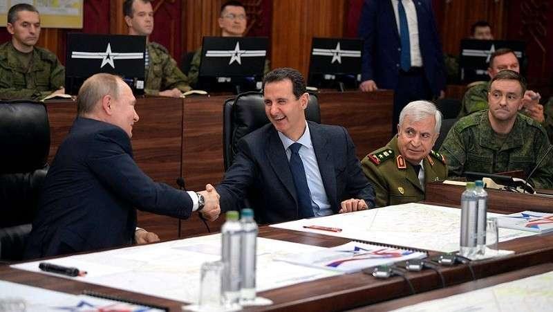 Визит Путина в воюющую Сирию назвали мощным идеологическим сигналом