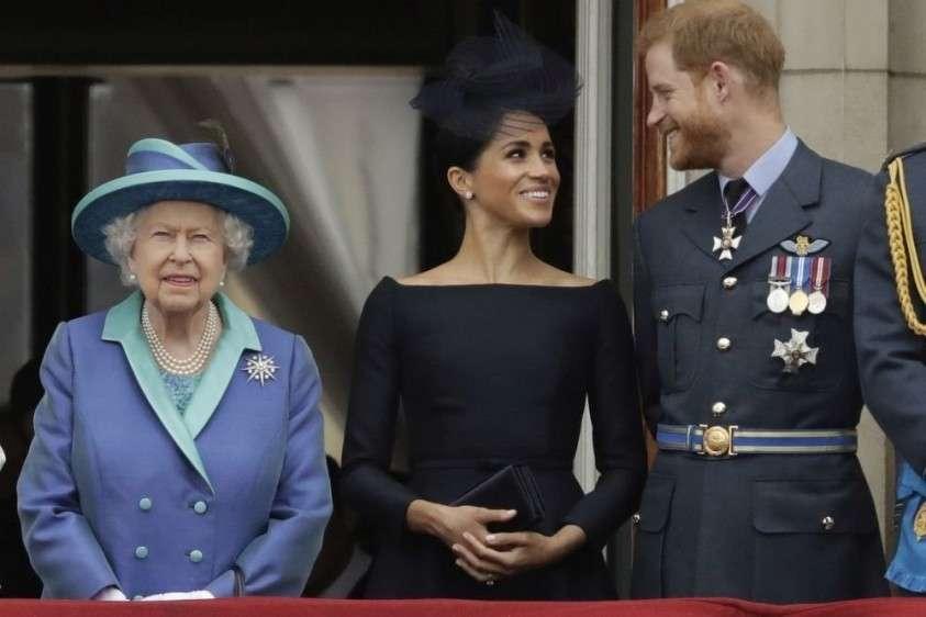 Елизавета II разочарована предательством принца Гарри