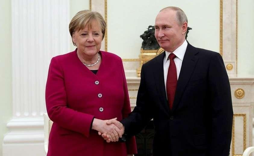 С Федеральным канцлером Германии Ангелой Меркель.