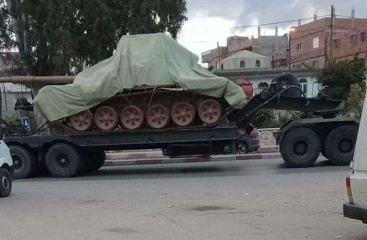 В Алжир из России прибыла очередная партия танков Т-90СА