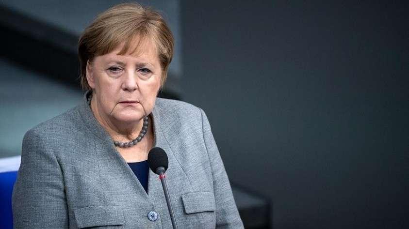 Меркель созывает всех 19 января в Берлин на конференцию по Ливии