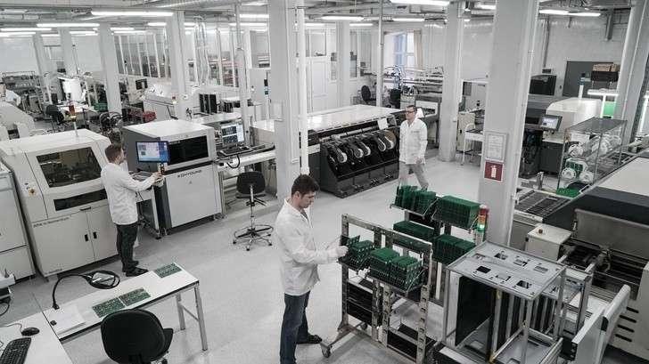 Обзор: контрактные заводы электроники в России