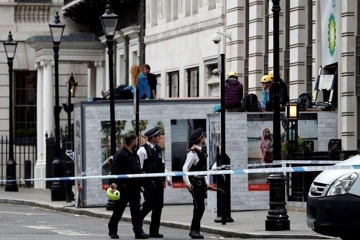 Англия внесла Гринпис в список экстремистских организаций