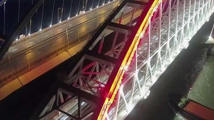 По Крымскому мосту 100 поездов за месяц перевезли 85 тысяч пассажиров