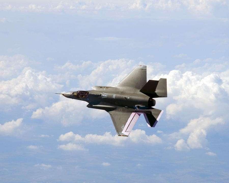 Каждый истребитель F-35 обойдётся США дороже, чем равная ему по весу куча золота