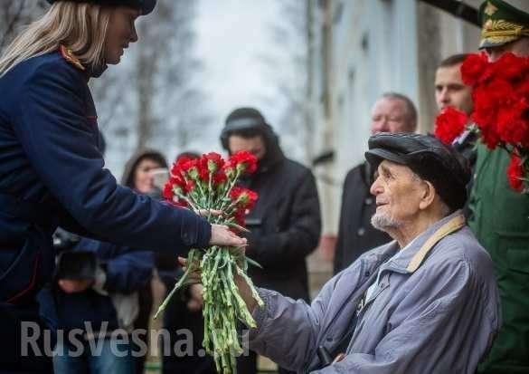 Армия России провела парад для одного ветерана Великой Отечественной (ФОТО, ВИДЕО)   Русская весна