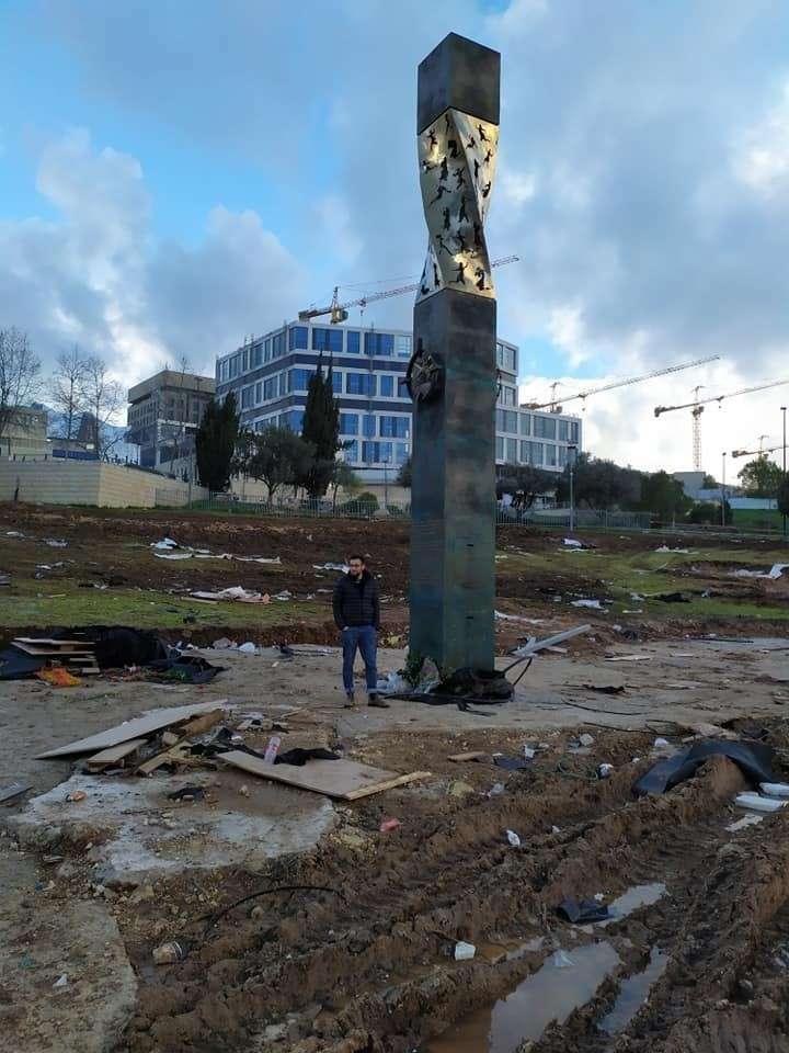 Мемориал блокадникам Ленинграда в центре Иерусалима через неделю после торжественного открытия