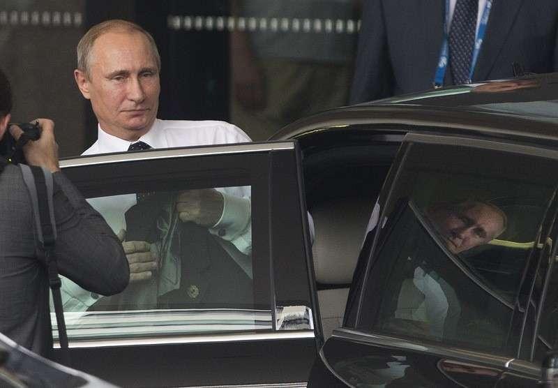 Что означает досрочный отъезд Владимира Путина с австралийских посиделок