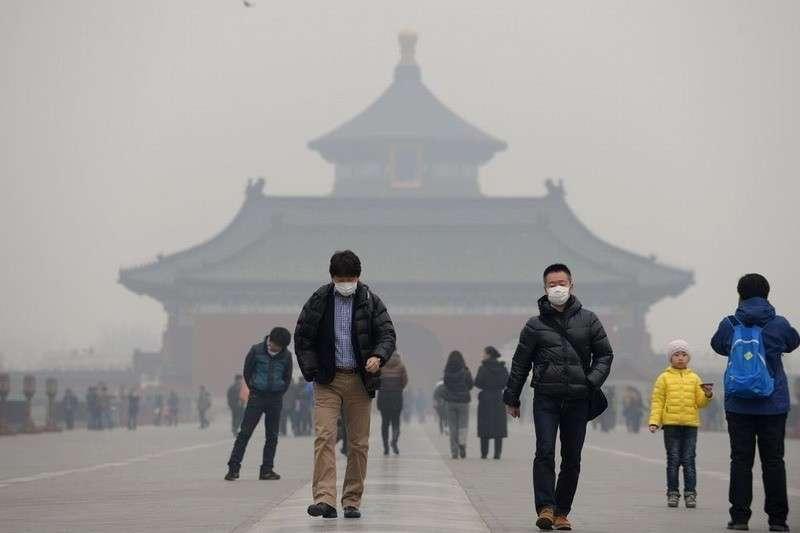 Экологические проблемы Китая зашкаливают. Неудивительно, что новые болезни приходят оттуда