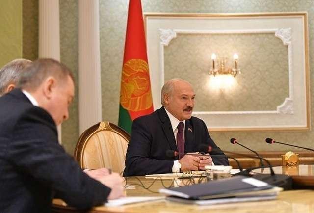 Лукашенко «перехитрил» всех, но прежде всего – себя
