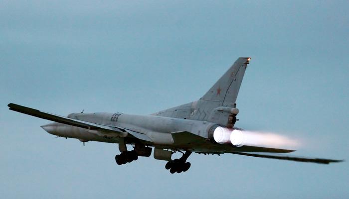 Зачем российские стратегические бомбардировщики барражируют у границ США и Европы