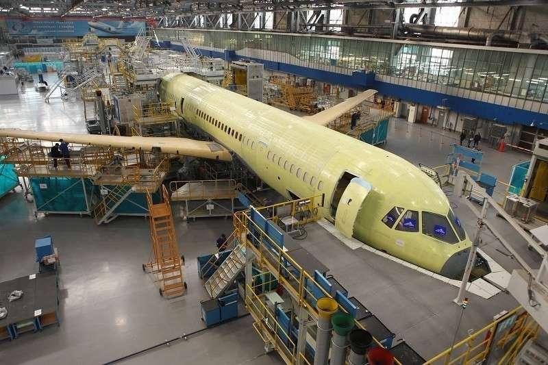 Как производят самолет МС-21-300 на Иркутском авиационном заводе. Репортаж