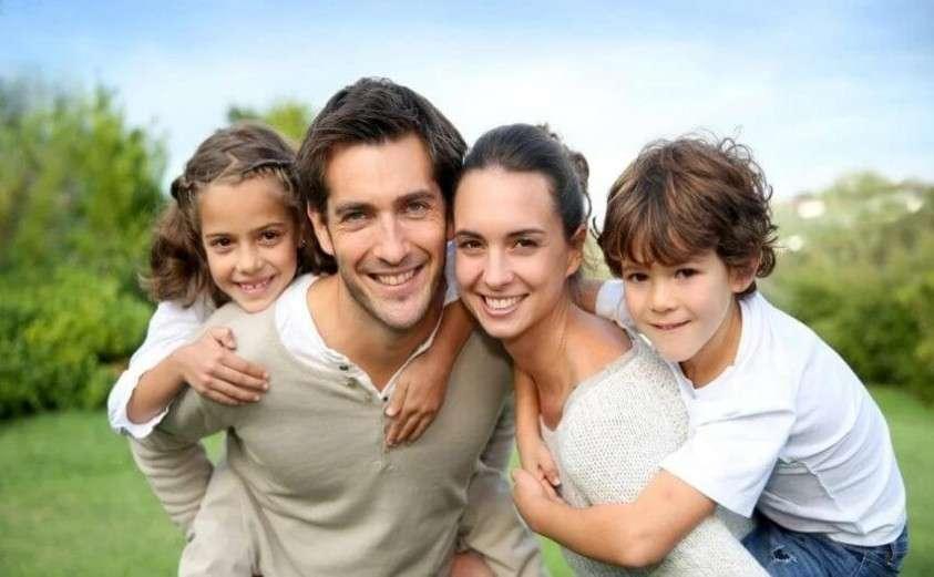 Чтобы матери больше рожали, дайте возможность встать на ноги отцам!