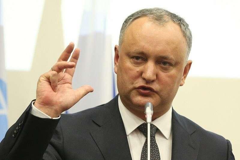 Додон решил вернуть Приднестровье в обход России