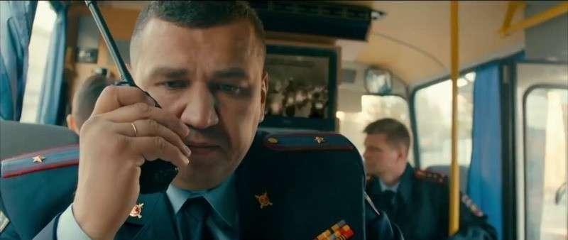 «100 шагов»: ветеран Великой Отечественной войны совершил захват отделения Сбербанка, накануне 9 мая