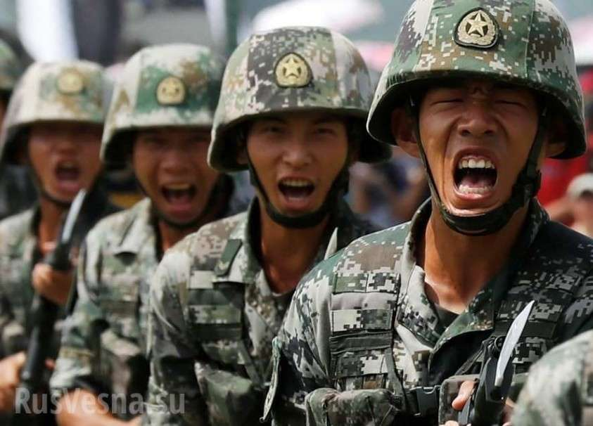 США обвинили четверых китайских военных в краже данные 145 миллионов американцев