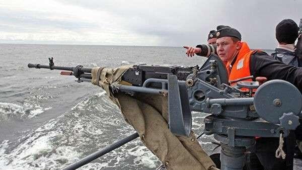 Тактические учения сторожевого корабля Балтийского флота Ярослав Мудрый