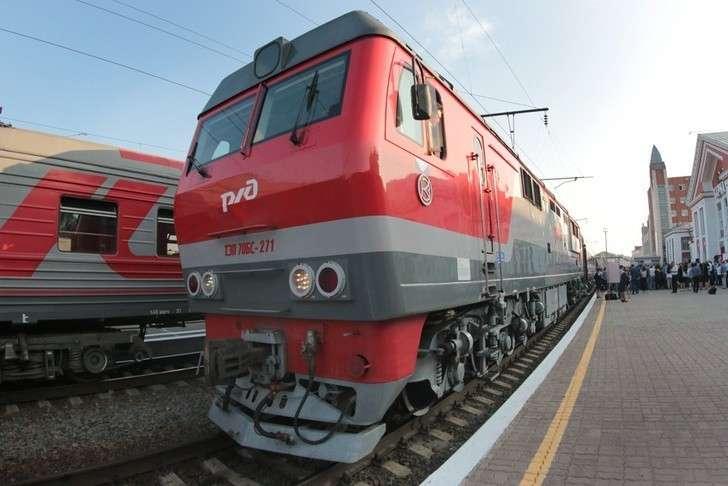 В Алтайском крае скорый пригородный поезд «Просторы Алтая» с новыми вагонами вышел на линию