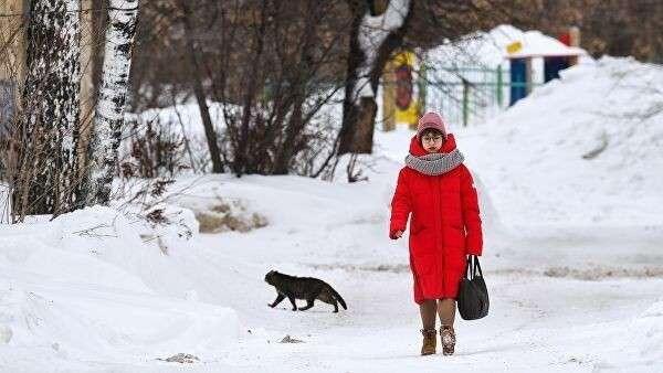 Девушка на улице в Новосибирске
