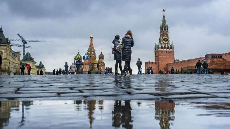 Названы причины отсутствия зимы в Москве